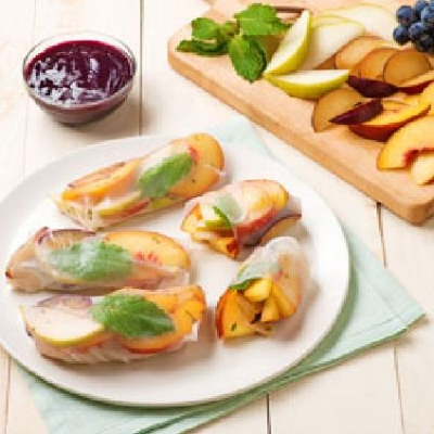 SUMMER FRUIT SALAD ROLLS